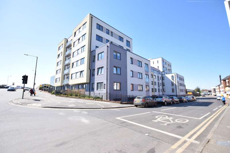 Flat for sale in Stoke Road, Slough