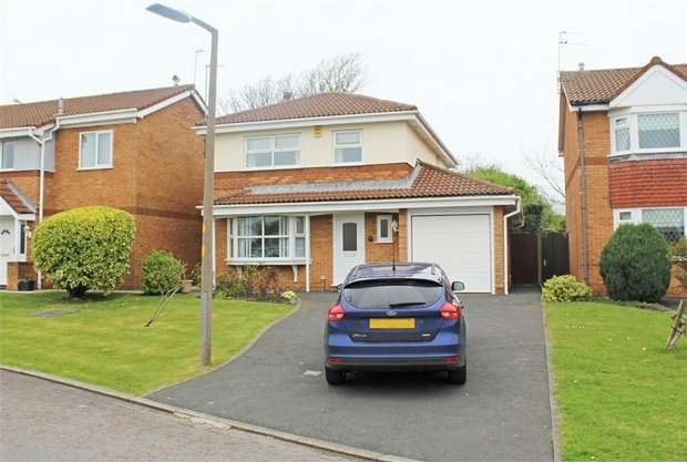 4 Bedrooms Detached House for sale in Harrow Avenue, Fleetwood, Lancashire