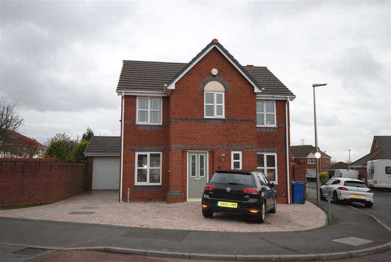 4 Bedrooms Property for sale in Naburn Drive, Orrell, Wigan