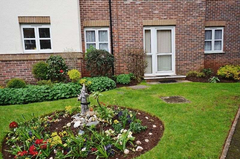 2 Bedrooms Flat for sale in Colin Road, Paignton Ref: AB66