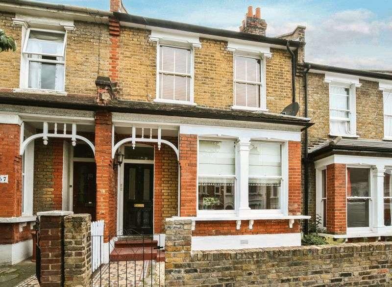 1 Bedroom Flat for sale in Inverine Road, Charlton