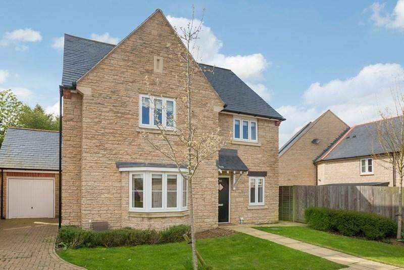 4 Bedrooms Detached House for sale in Aldous Drive, Bloxham, Banbury