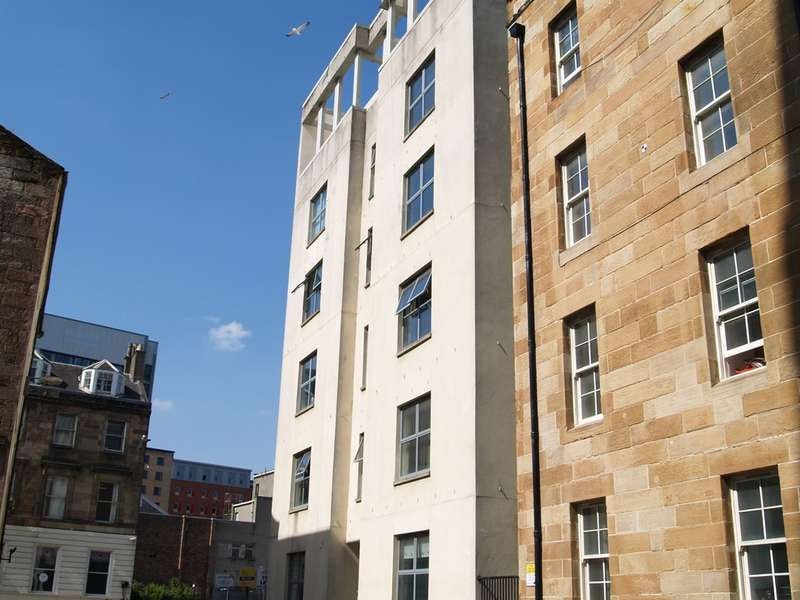 2 Bedrooms Flat for rent in Fox Street, City Centre, Glasgow