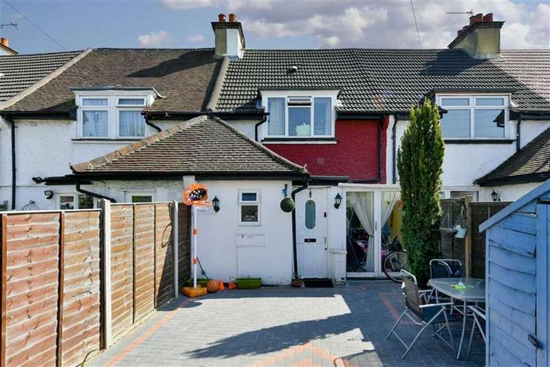 2 Bedrooms Terraced House for sale in Horton Hill, Epsom, Surrey