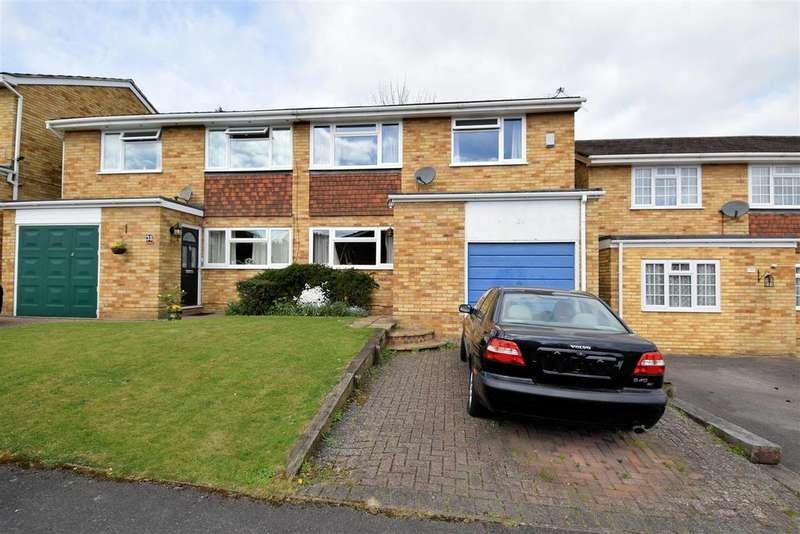 4 Bedrooms Semi Detached House for sale in Newbery Close, Tilehurst, Reading