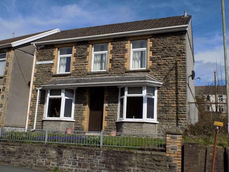 3 Bedrooms Detached House for sale in Victoria Street, Pontycymer, Bridgend. CF32 8NW