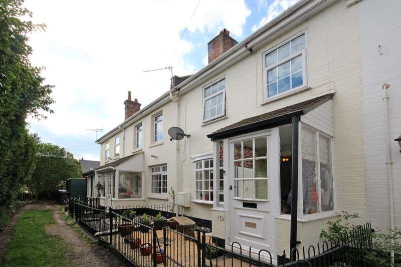 3 Bedrooms Property for sale in Cromwell Place, Southbourne, Bournemouth