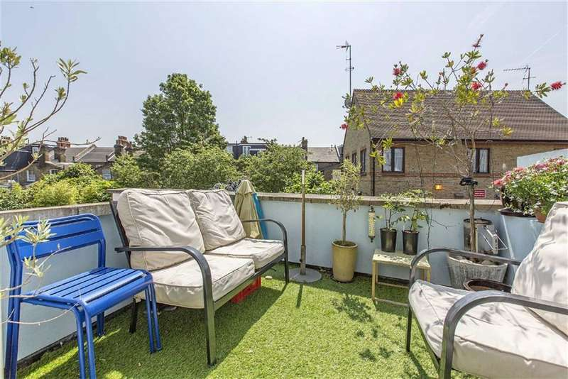 2 Bedrooms Flat for sale in Ormeley Road, Balham