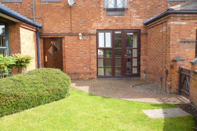Studio Flat for sale in 4 Audley House Mews, Newport, Shropshire, TF10 7BP