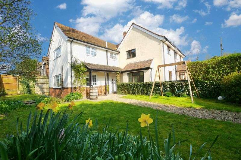 3 Bedrooms Semi Detached House for sale in SHILLINGFORD