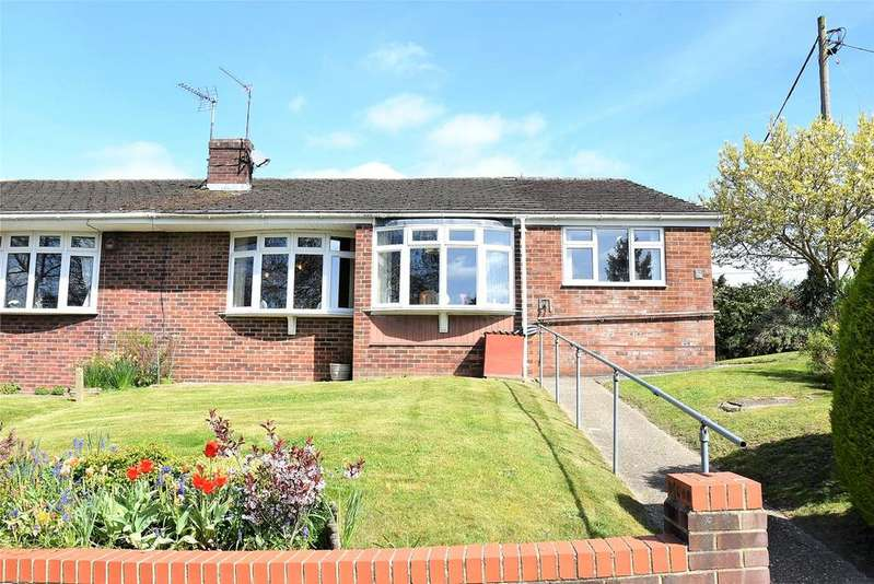 3 Bedrooms Semi Detached Bungalow for sale in Silverdale Road, Tadley, Hampshire, RG26