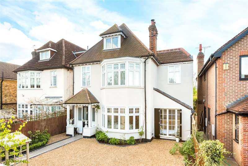 4 Bedrooms Detached House for sale in Ember Lane, Esher, Surrey, KT10