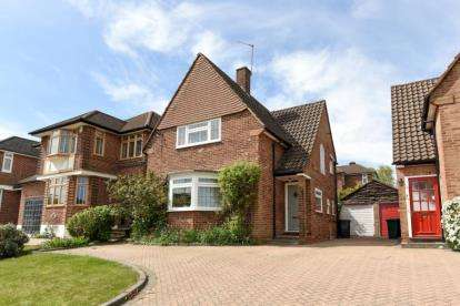3 Bedrooms Detached House for sale in Elmstead Close, Totteridge