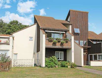 2 Bedrooms Maisonette Flat for sale in Poole, Dorset