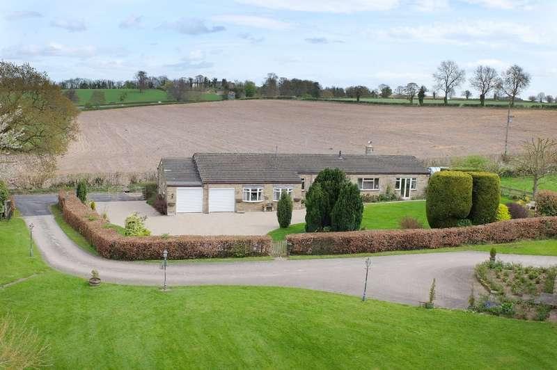 3 Bedrooms Detached Bungalow for sale in Deersprings Cottage,Harrogate Road, Wetherby, LS22