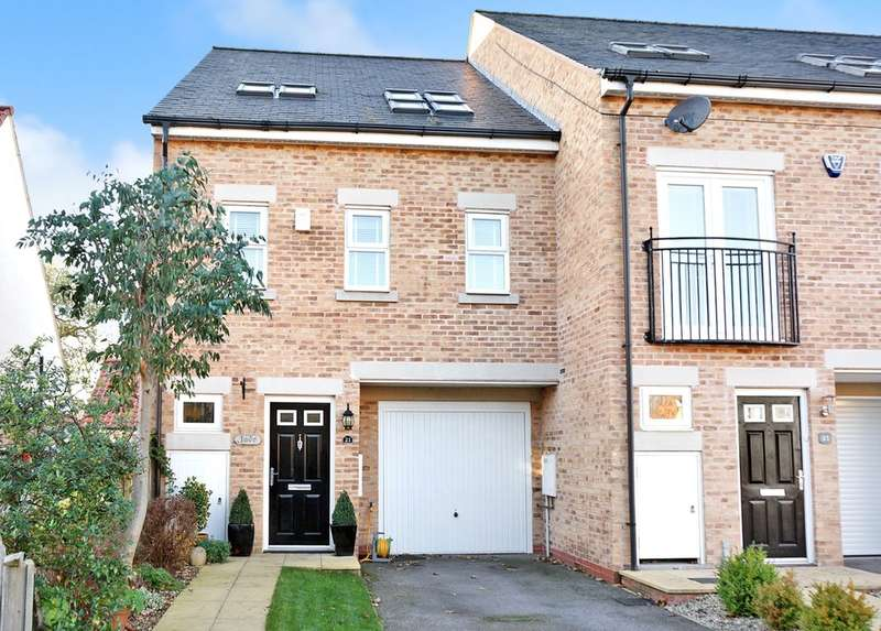 4 Bedrooms End Of Terrace House for sale in Woodland Drive, Thorp Arch, Wetherby, LS23