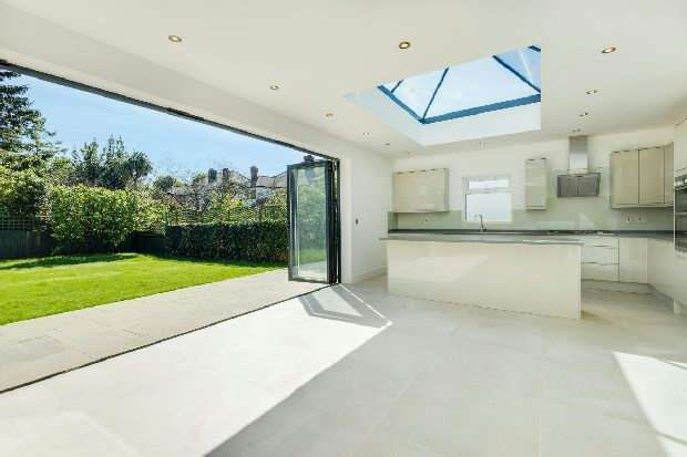 5 Bedrooms Unique Property for sale in Dawson Road, Cricklewood, NW2