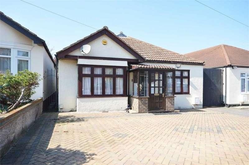 3 Bedrooms Detached Bungalow for sale in Havelock Road, West Dartford