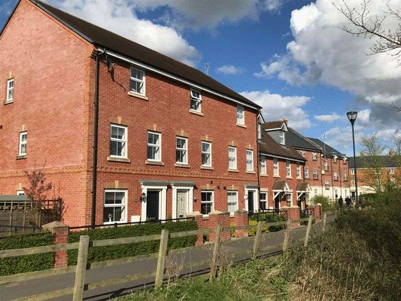 4 Bedrooms Terraced House for sale in Dydale Road, Taw Hill