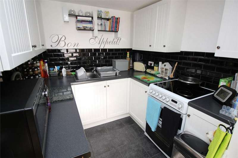 1 Bedroom House for sale in Montfitchet Walk, Stevenage, Hertfordshire