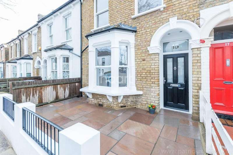 4 Bedrooms Terraced House for sale in Henslowe Road, East Dulwich, London, SE22