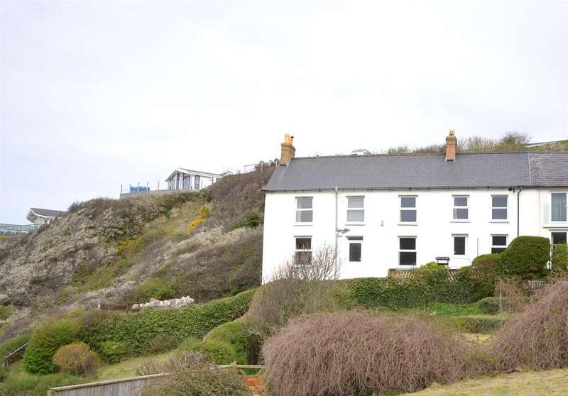 3 Bedrooms Semi Detached House for sale in Tresaith