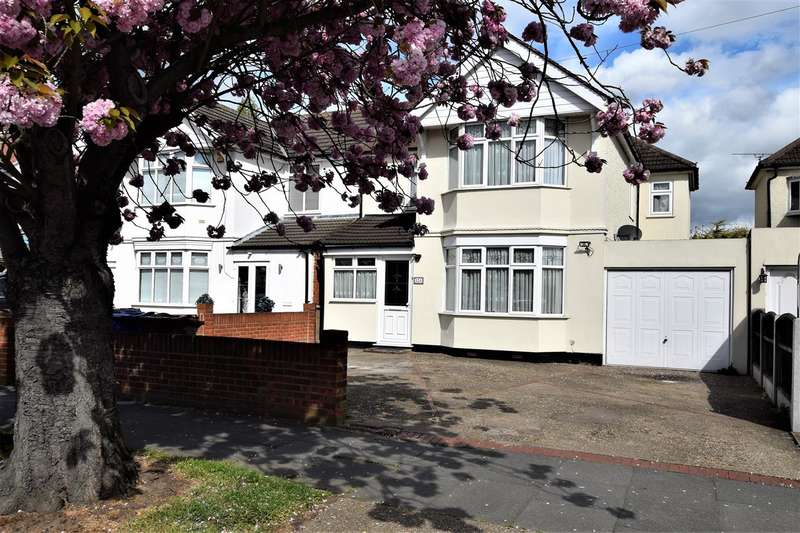 4 Bedrooms Semi Detached House for sale in Long Lane, Grays