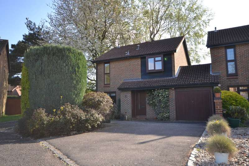 4 Bedrooms House for sale in Goldsworth Park