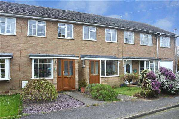 3 Bedrooms House for sale in Rowan Close, Shaftesbury