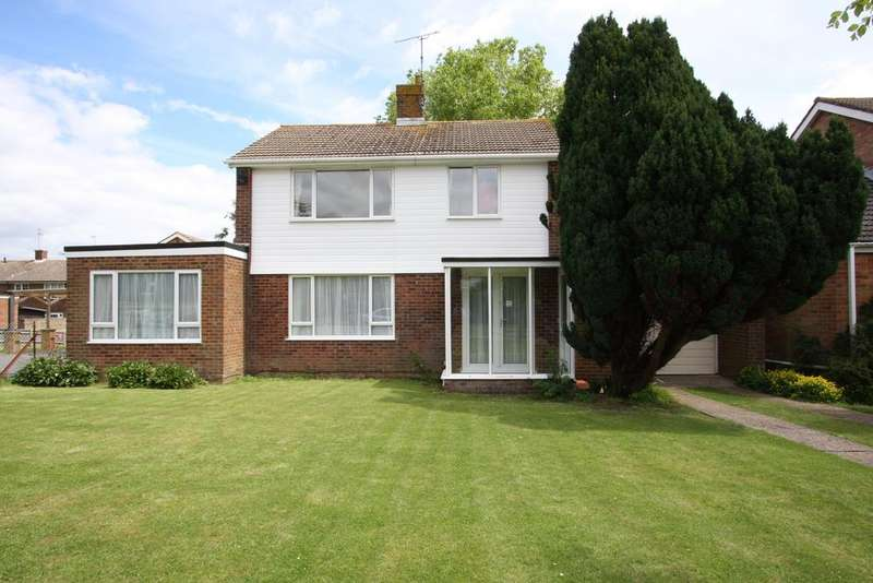 4 Bedrooms Detached House for sale in 11 Woodcroft Drive, Eastbourne BN21