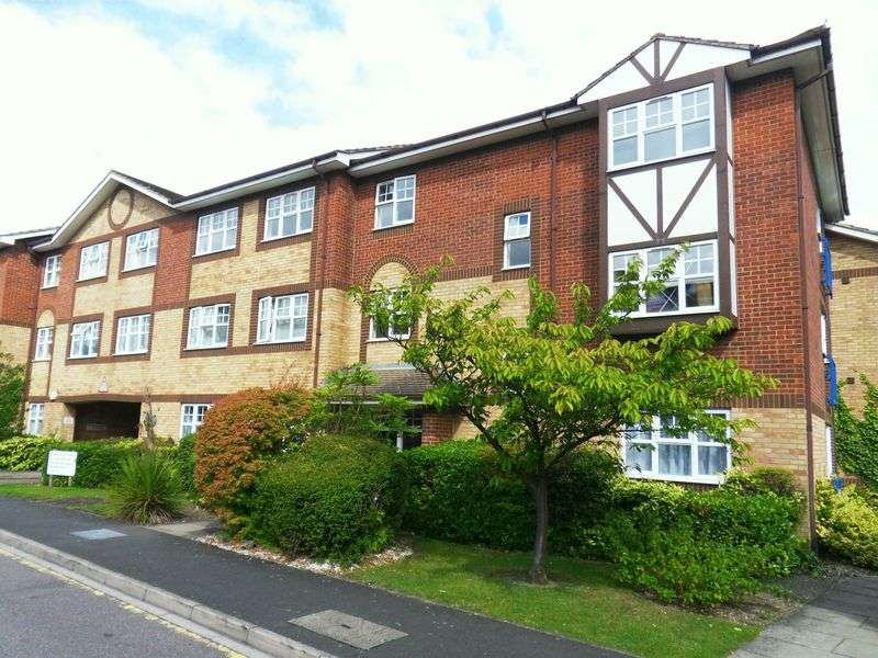 2 Bedrooms Flat for sale in Earls Meade, Luton