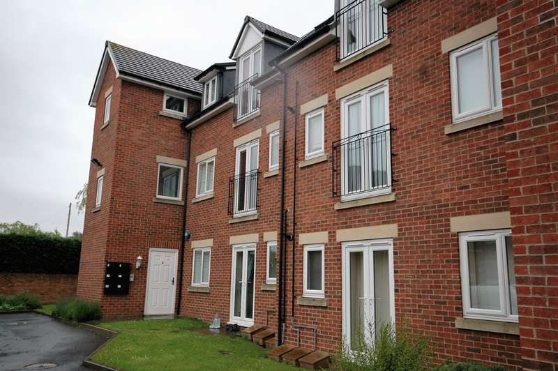 2 Bedrooms Flat for sale in Grange Court, Durham, County Durham, DH1