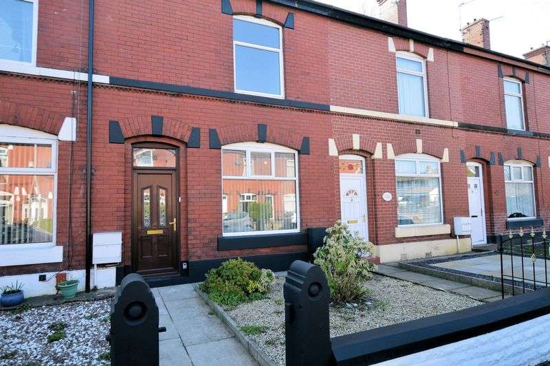 2 Bedrooms Terraced House for sale in Dumers Lane, Manchester