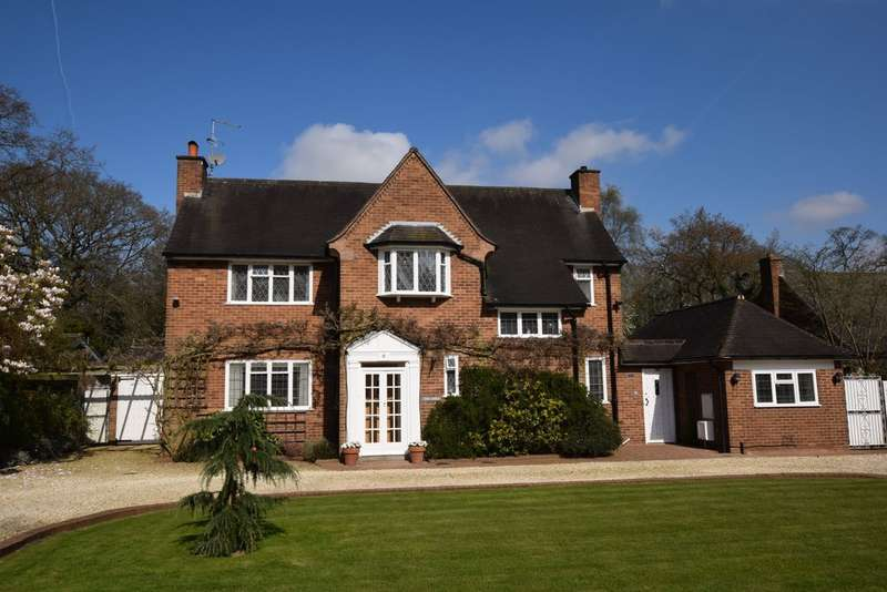 4 Bedrooms Detached House for sale in Birch Tree Grove, Solihull