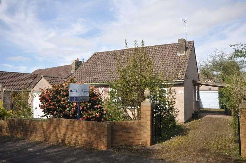 3 Bedrooms Detached Bungalow for sale in Leap Valley Crescent Downend