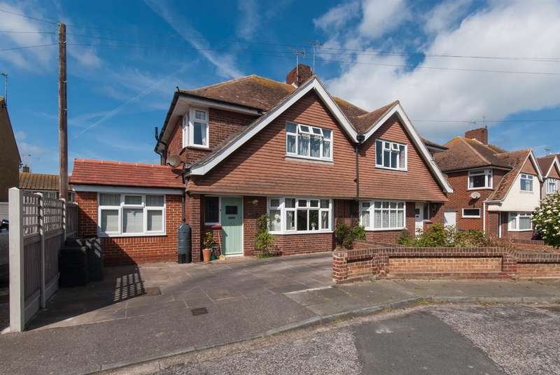 3 Bedrooms Property for sale in Seymour Avenue, Westgate-on-sea