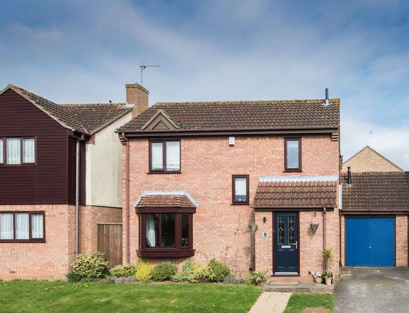 4 Bedrooms House for sale in Trafalgar Avenue, Barleyhurst Park, Milton Keynes