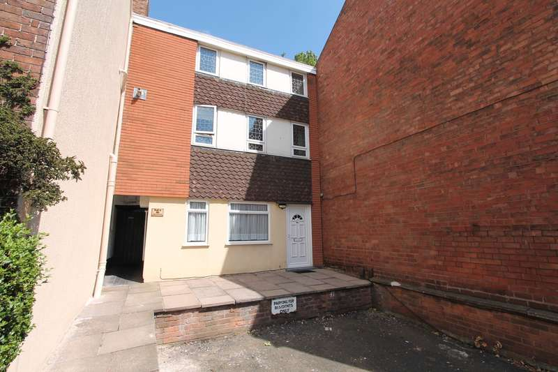 1 Bedroom Ground Flat for sale in Hagley Road, Stourbridge, DY8
