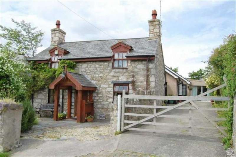 4 Bedrooms Detached House for sale in Pabo Lane, Llandudno