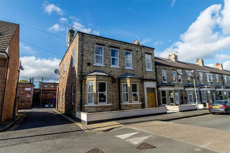 2 Bedrooms Flat for sale in 50 Beaconsfield Street, Acomb, YORK