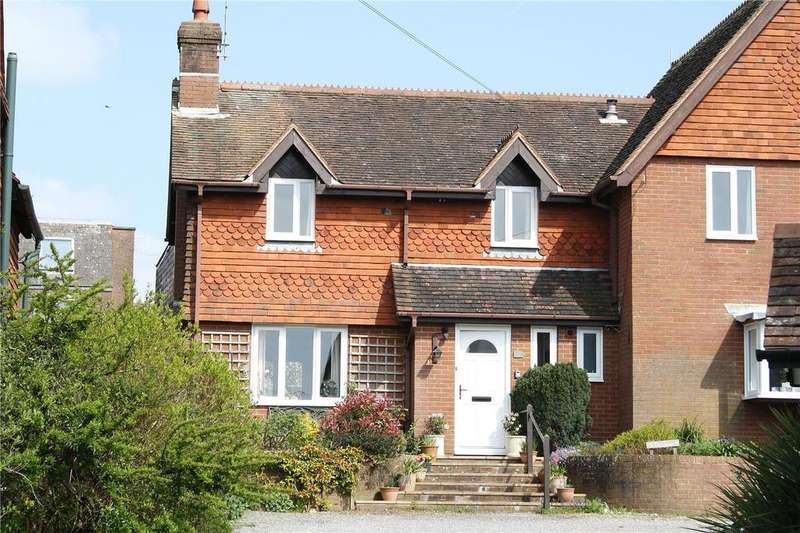 2 Bedrooms Semi Detached House for sale in The Spain, Petersfield, Hampshire, GU32