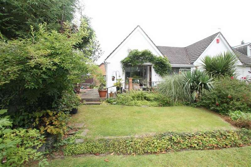 3 Bedrooms Detached Bungalow for sale in Park End Lane, Cyncoed, Cardiff