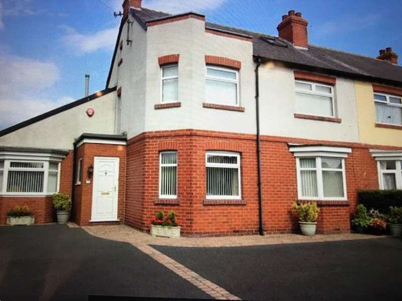 6 Bedrooms Semi Detached House for sale in Scalby Road, Scarborough, North Yorkshire, YO12