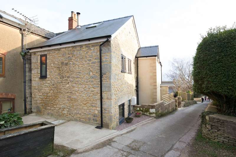 3 Bedrooms Detached House for sale in Ferndale Road, Stroud, Gloucestershire, GL6