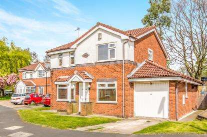 3 Bedrooms Detached House for sale in Acorn Close, Manchester, Greater Manchester, Uk