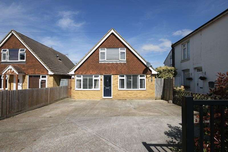 3 Bedrooms Detached House for sale in West Street, Burgess Hill, West Sussex