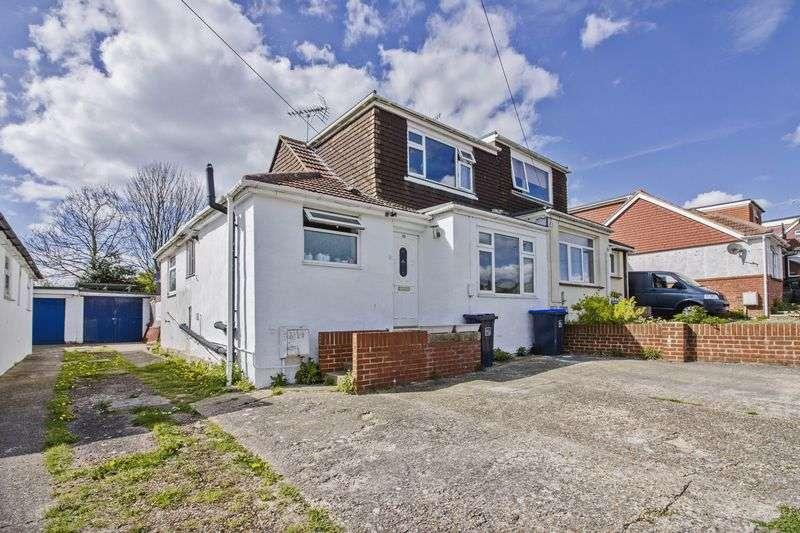 3 Bedrooms Bungalow for sale in Sedbury Road, Lancing