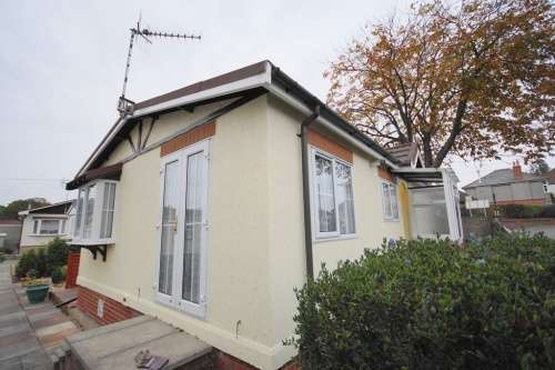2 Bedrooms Detached House for sale in Doveshill Park, Barnes Road, Bournemouth, Dorset
