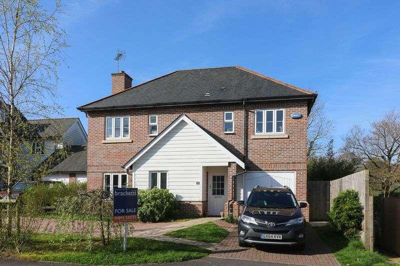 4 Bedrooms Detached House for sale in Broomfield, Bells Yew Green, Tunbridge Wells