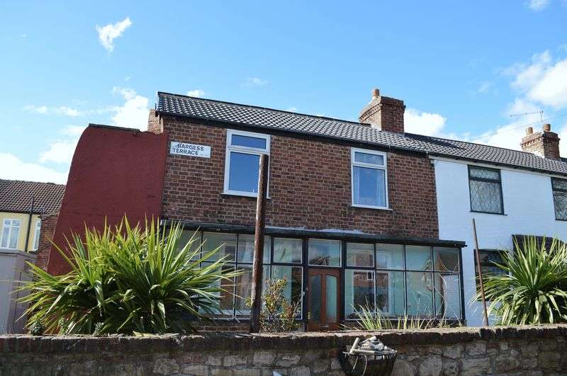 2 Bedrooms Terraced House for sale in Bargess Terrace, Leeds